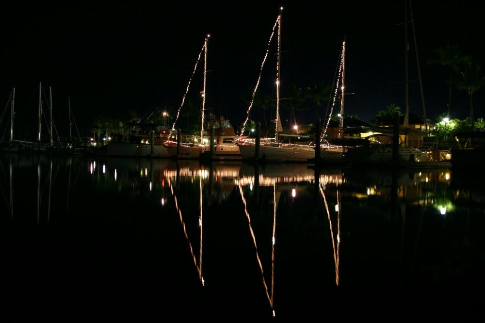 Hawaii Yachts Party
